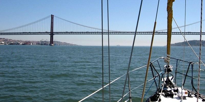 Auf dem Tejo in Richtung Lissabon