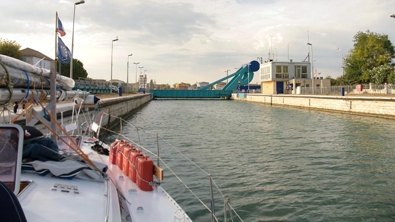 Seeschleuse Port St.Louis-du-Rhône